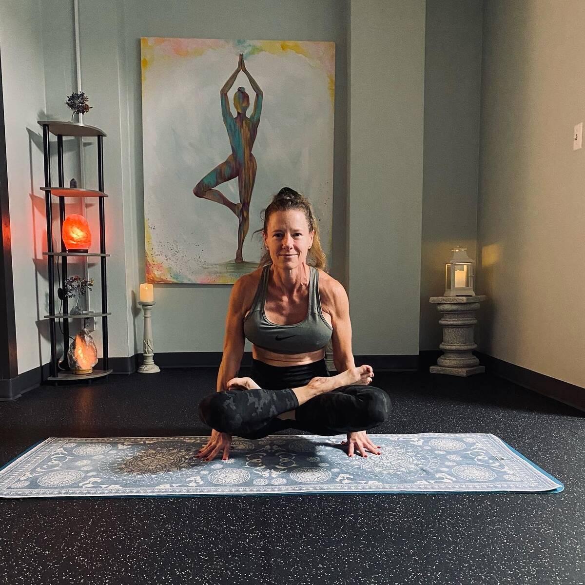 Hot 26 PLUS 🔥2️⃣6️⃣➕ - Lotus Room Yoga